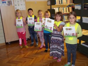 Prvošolci prejeli darilno slikanico