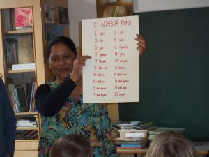 Spoznali smo indijski jezik khasi in obeležili dan materinščine