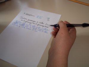 V naši družini radi pišemo z roko
